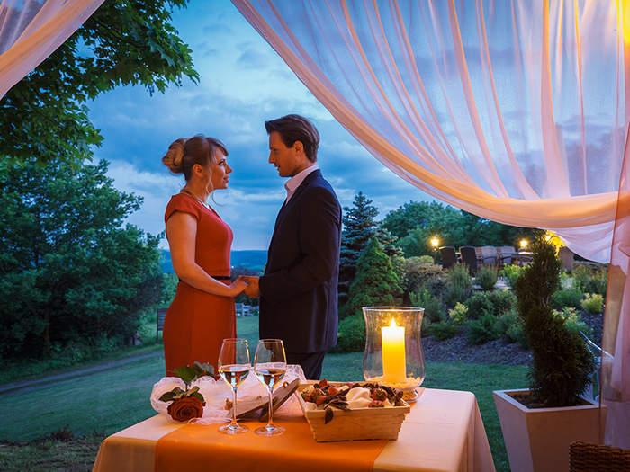 Heiratsantrag Romantik Pavillon