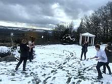 Funny Snowballfight bei der Ausbildung