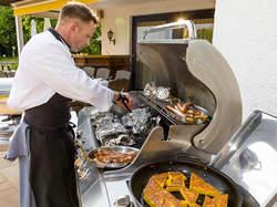 Koch Außenaktivität Grill